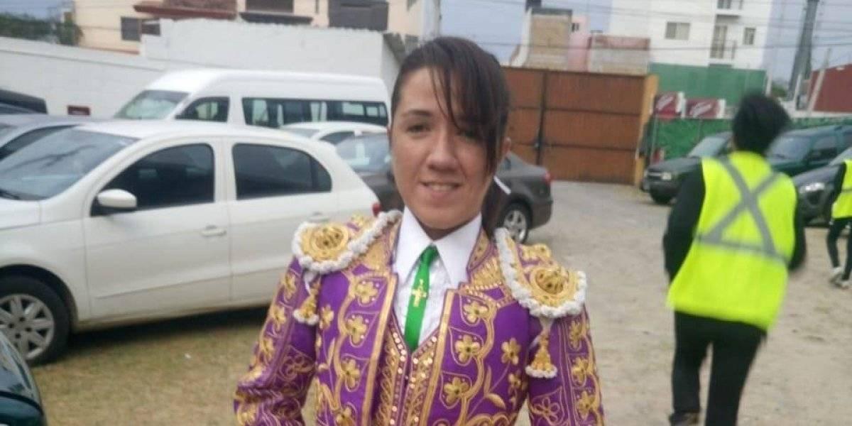 Torera Hilda Tenorio sale del hospital tras cornada en el rostro
