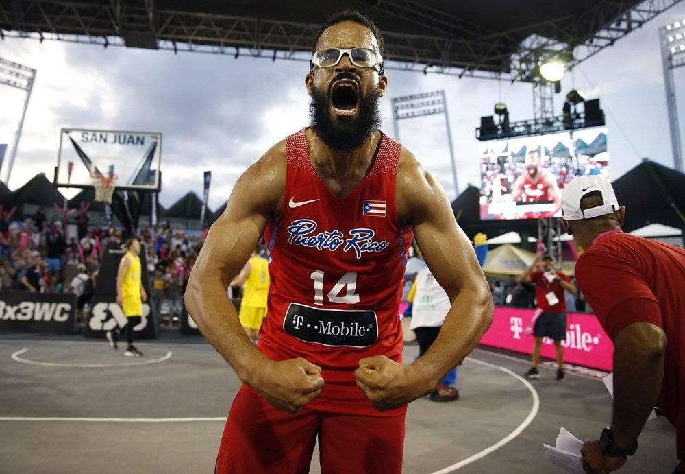 Foto: Gilberto Clavell celebra la clasificación de la isla a la Copa Mundial FIBA 3x3 Suministrada/FIBA