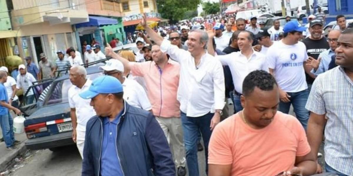Oposición se moviliza contra la reelección de Danilo Medina