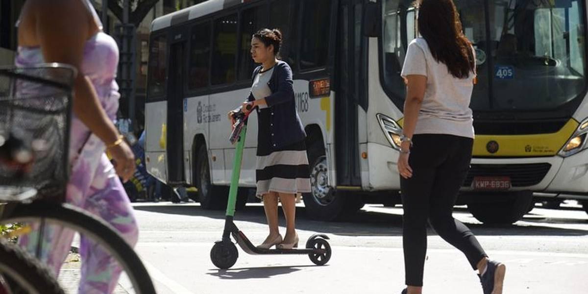França vai proibir patinetes elétricos em calçadas