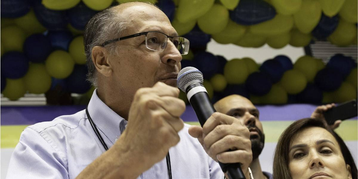 Em tom de adeus, Alckmin diz que PSDB deve manter nome