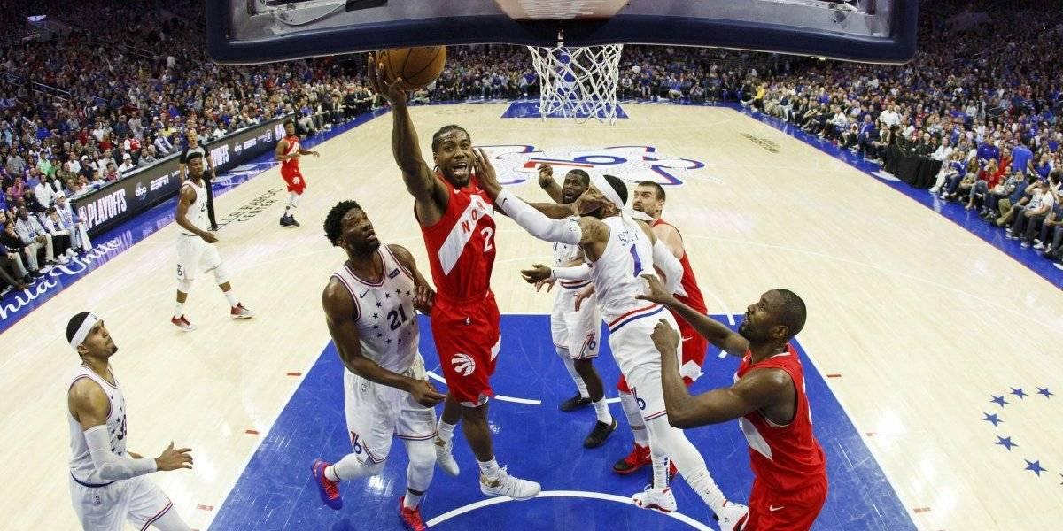 NBA: Toronto empareja la serie contra Philadelphia gracias a Kawhi Leonard