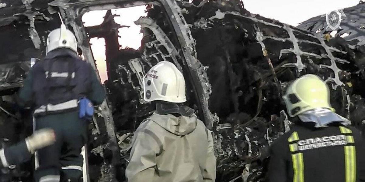 Avión incendiado en Rusia fue alcanzado por un rayo