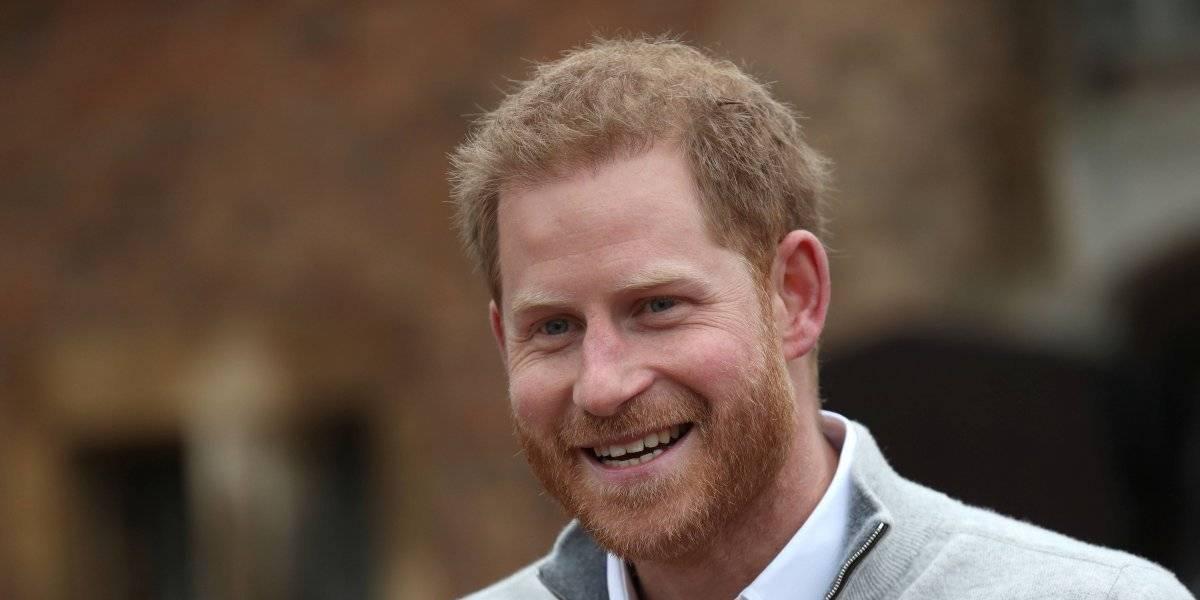 VIDEO: Harry anuncia el nacimiento de su hijo con Meghan Markle