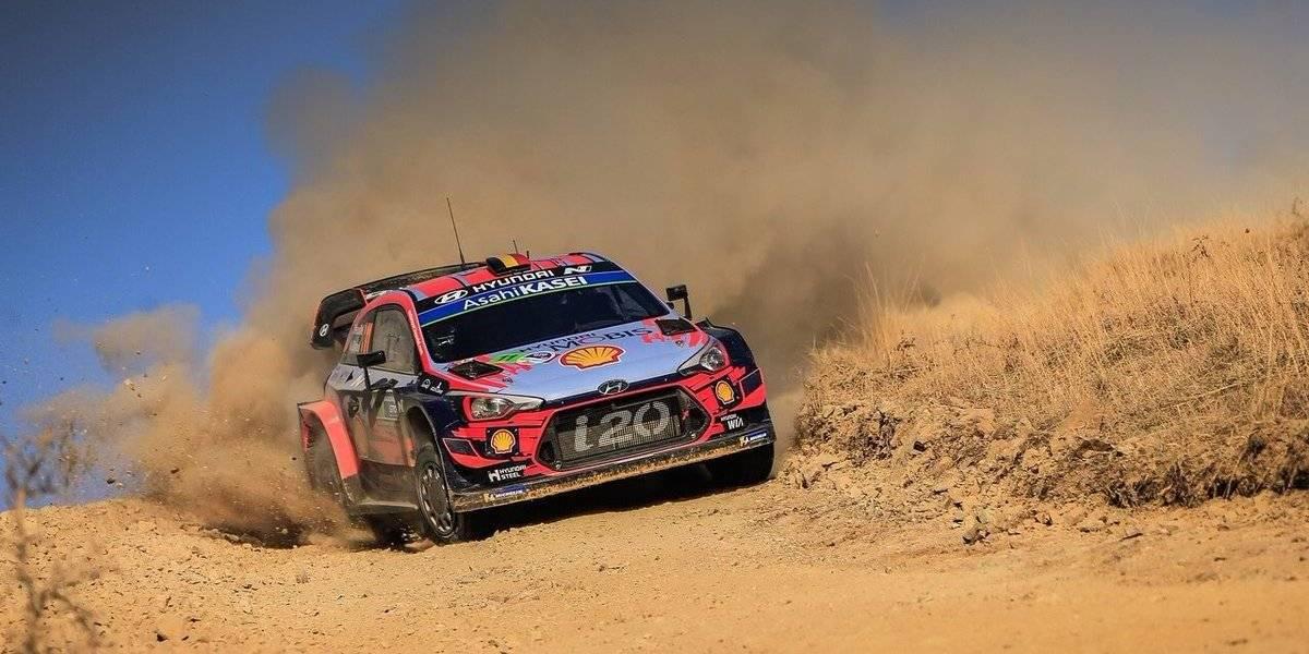Rally: Loeb se