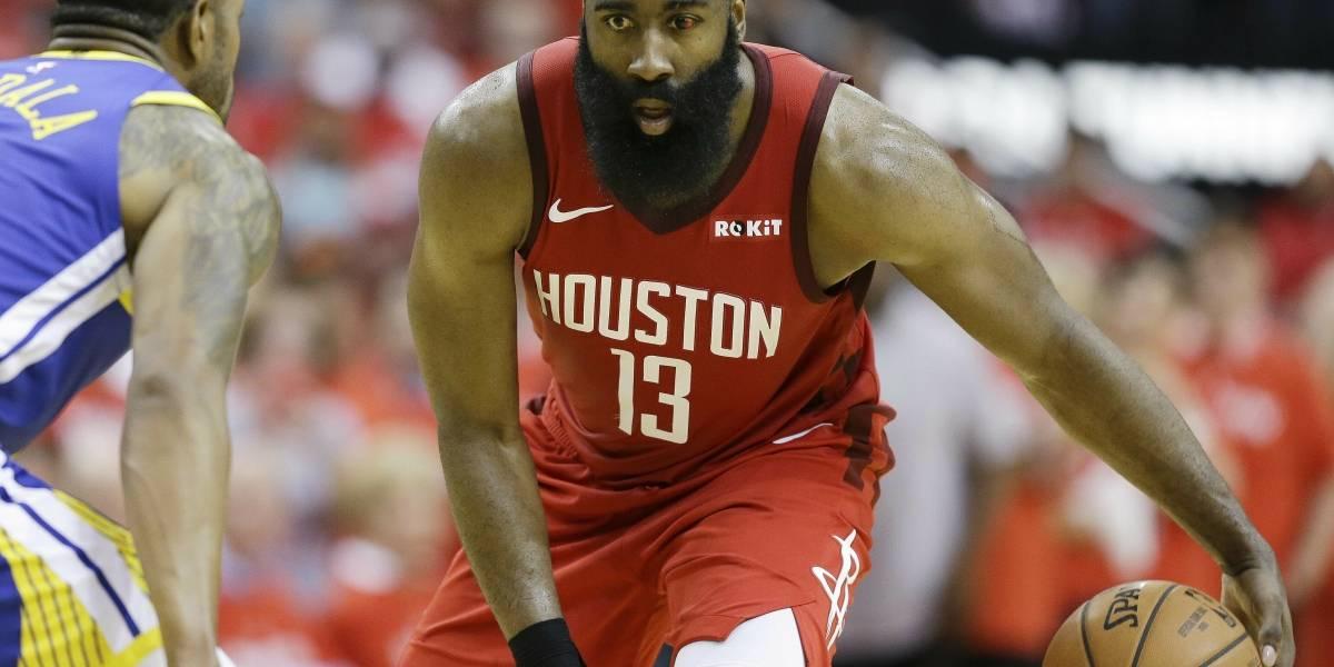 Rockets reaccionan y empatan la serie ante los campeones Warriors