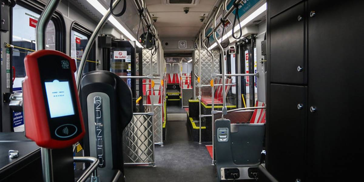 """Así es por dentro el primer bus eléctrico """"oruga"""""""
