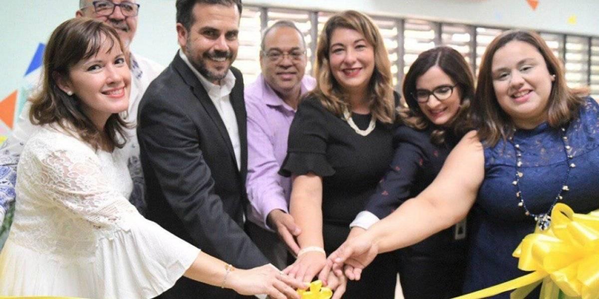 Rosselló inaugura clínica de tratamiento psicológico para menores