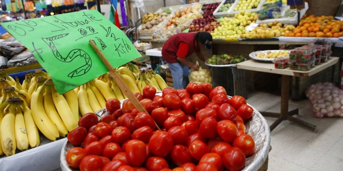 Trump tiene un nuevo enemigo: el tomate mexicano