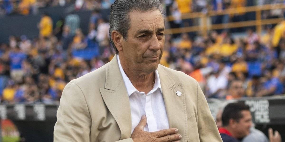 Su contrato y refuerzos con Chivas — Tomás Boy