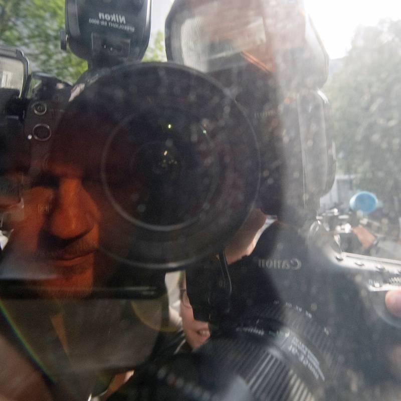 Suecia reabre la investigación contra Assange por violación