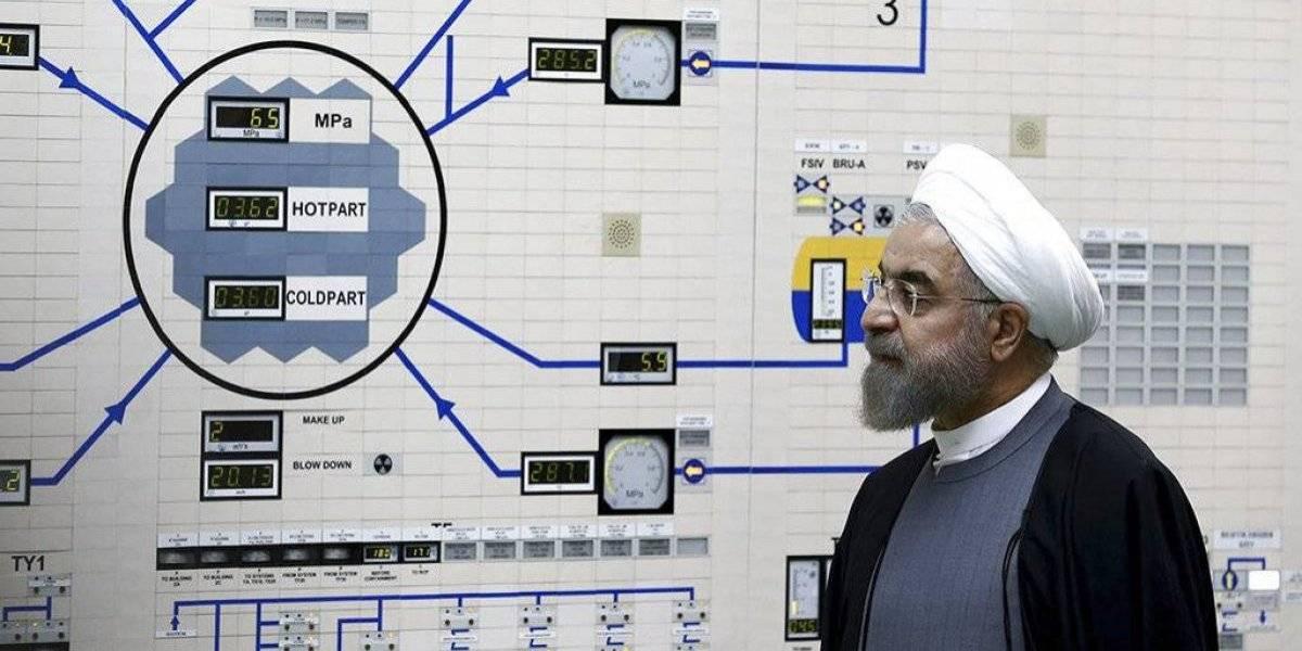 Irán abandona parte del pacto nuclear y amenaza con reanudar el enriquecimiento de uranio de alta concentración