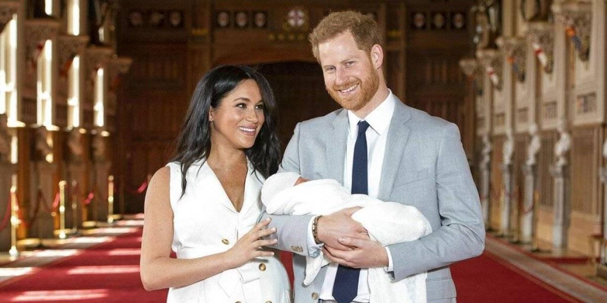 Príncipe Harry y Meghan Markle presentan al mundo a su primer hijo: todavía sigue el misterio por su nombre