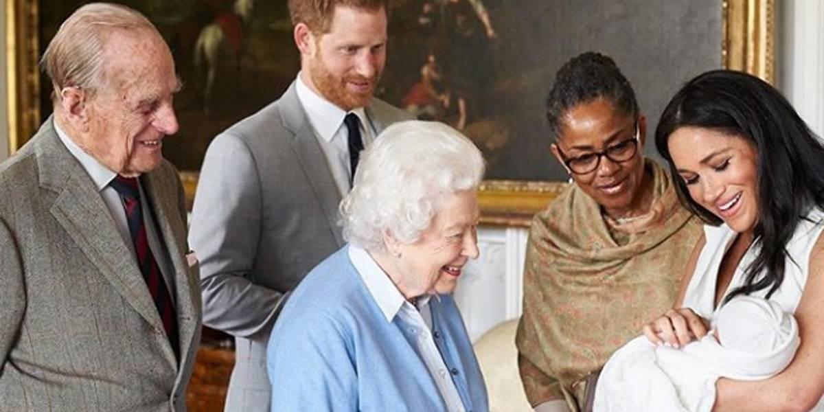 Família real revela nome do filho do príncipe Harry e Meghan Markle