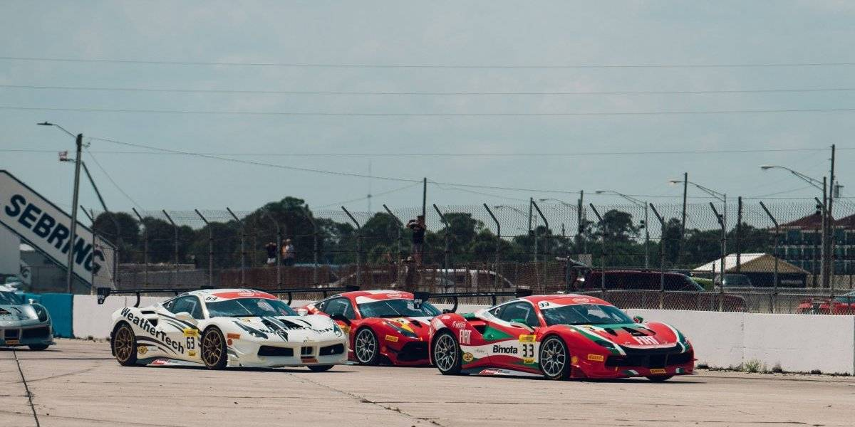 Hites sale a la pista de Laguna Seca buscando el liderato del Ferrari Challenge