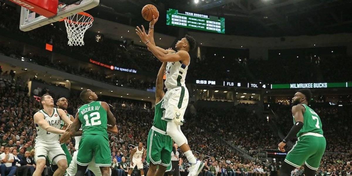 Los Bucks liquidan la serie ante Boston