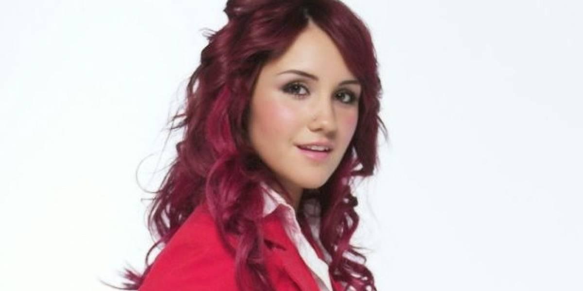 Ex RBD Dulce María compartió foto sin maquillaje