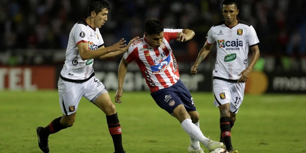 ¡Derrota y últimos! Ni Julio Comesaña salvó al Junior de su papelón en Libertadores