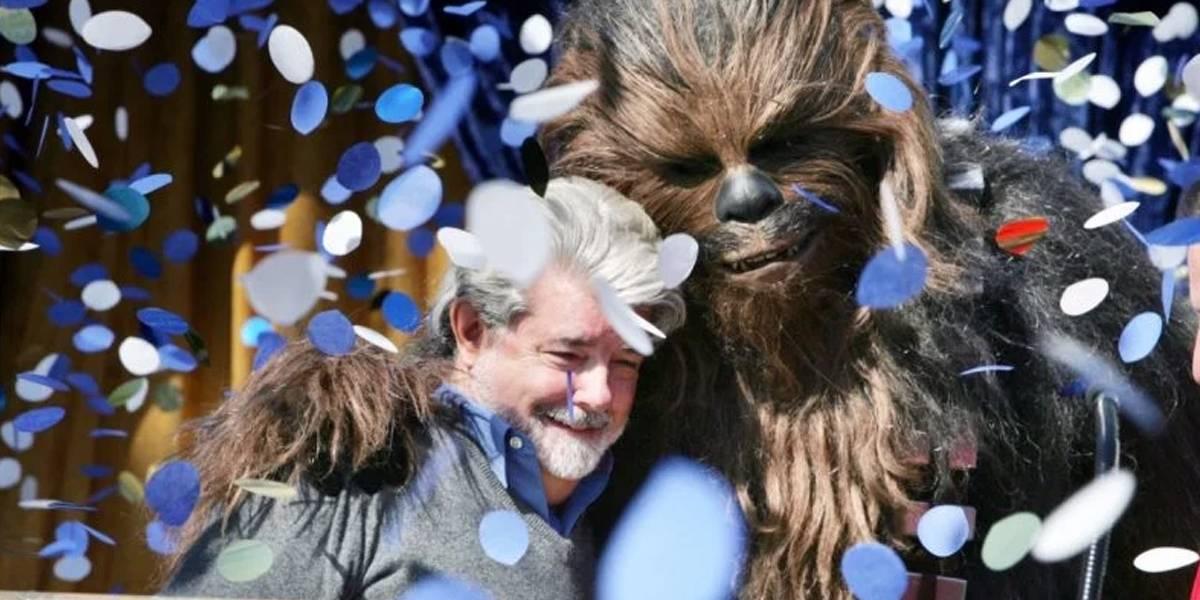 George Lucas se abre y recuerda su vida junto a Peter Mayhew como Chewbacca