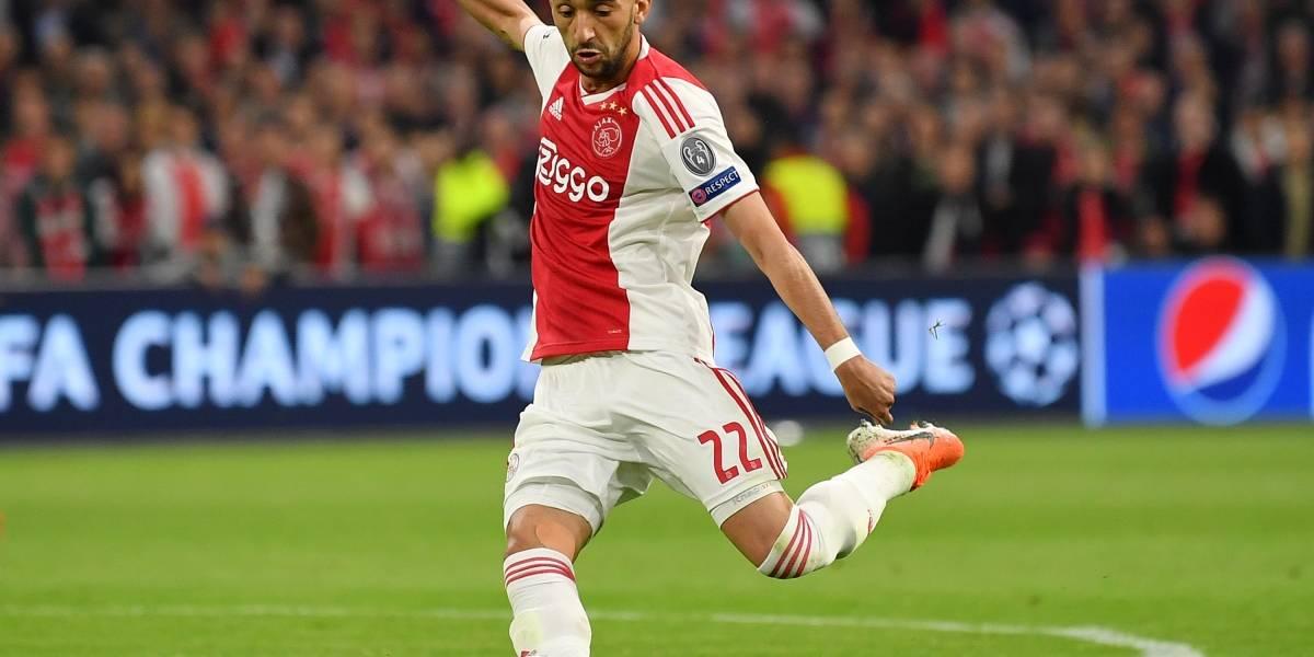 ¡El fútbol total! Otro gol de antología del Ajax y van...