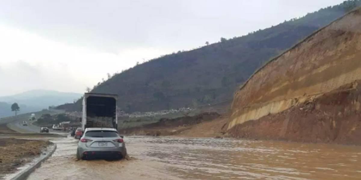 Habilitan el tramo del Libramiento de Chimaltenango tras inundación