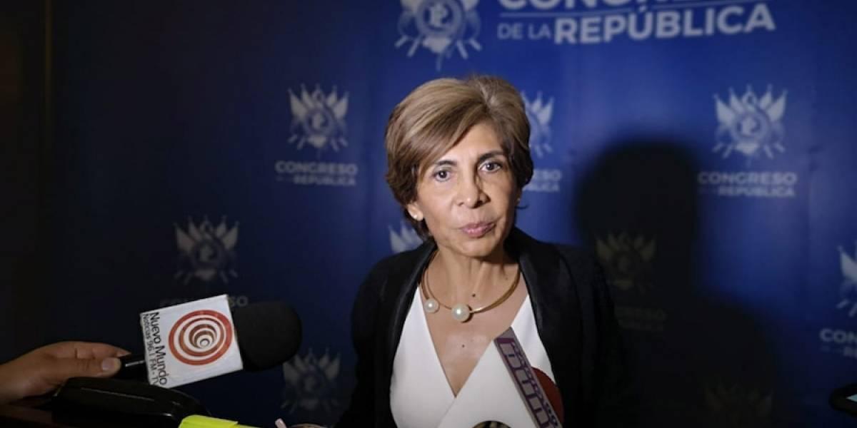 Nineth Montenegro pide copias de documentos a canciller Jovel