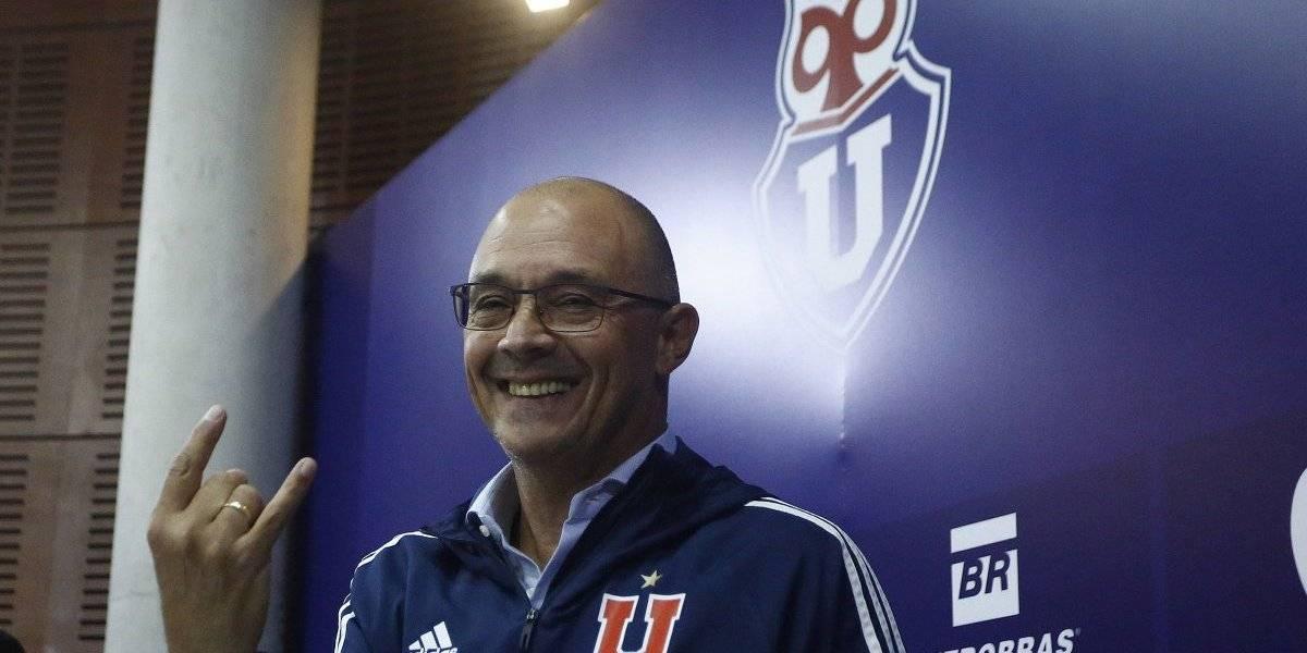 Alfredo Arias se aferra al desorden de Azul Azul para continuar en la banca de la U