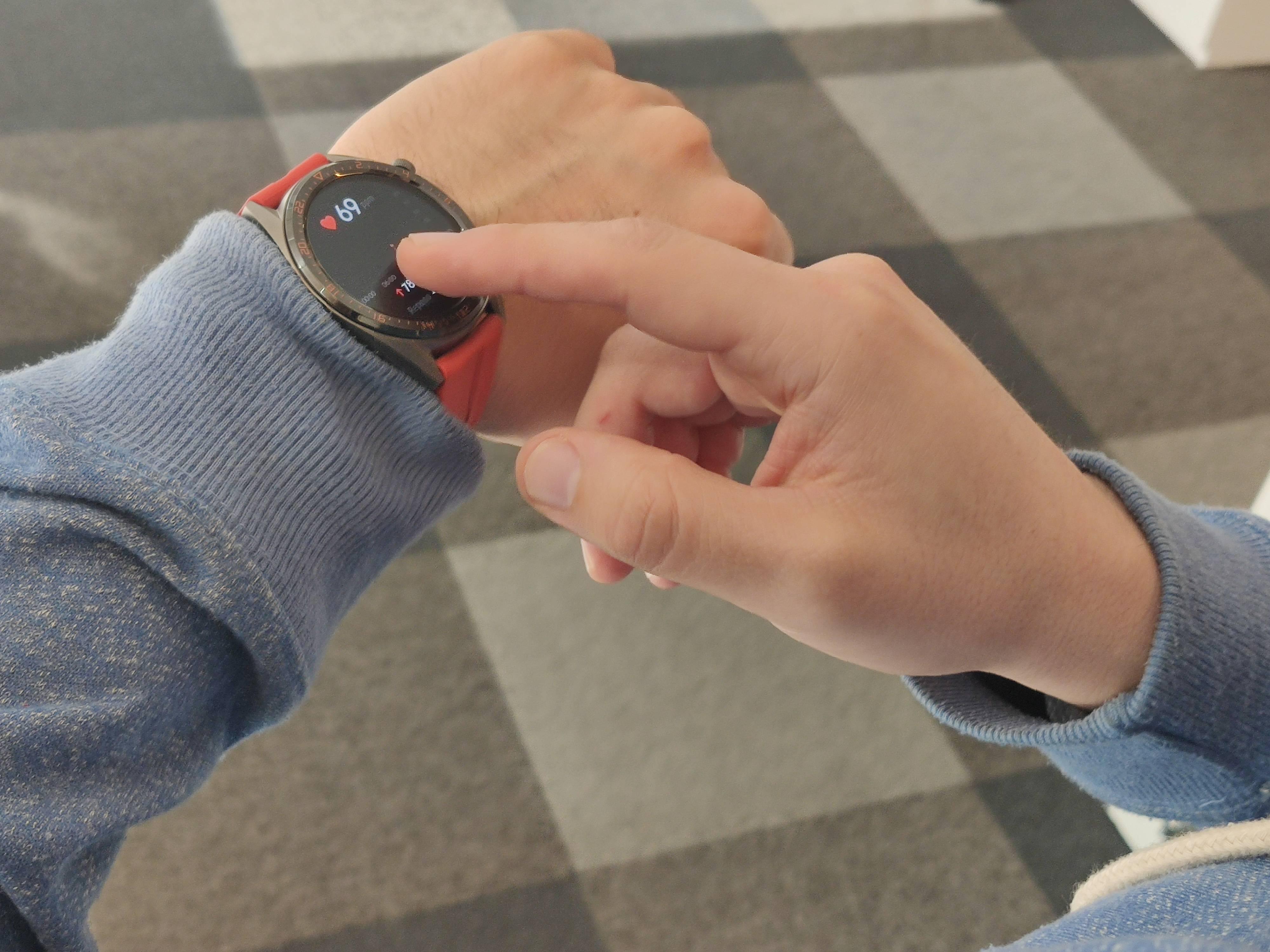 Cómo el reloj inteligente Huawei™ Watch GT te puede salvar controlar usted salud en el día a día