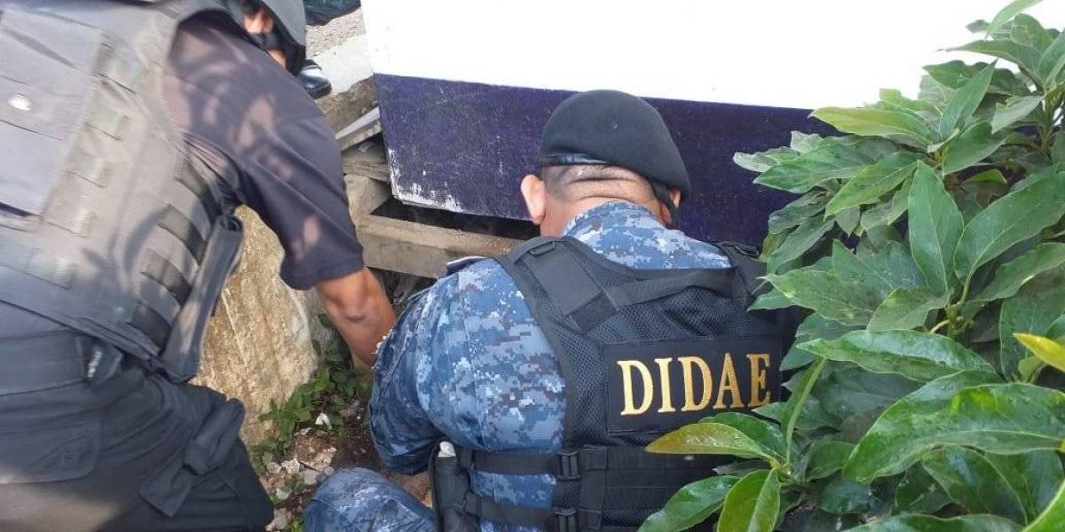 Decomisan arma de fuego y municiones durante requisa en Pavón