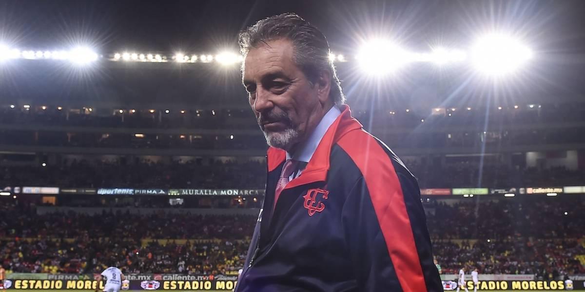 Chivas confirma permanencia de Tomás Boy