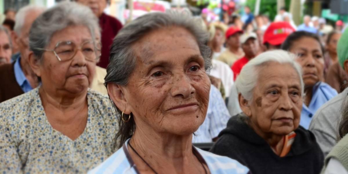 50% de las mamás mayores de 65 años en la CDMX sufren maltrato