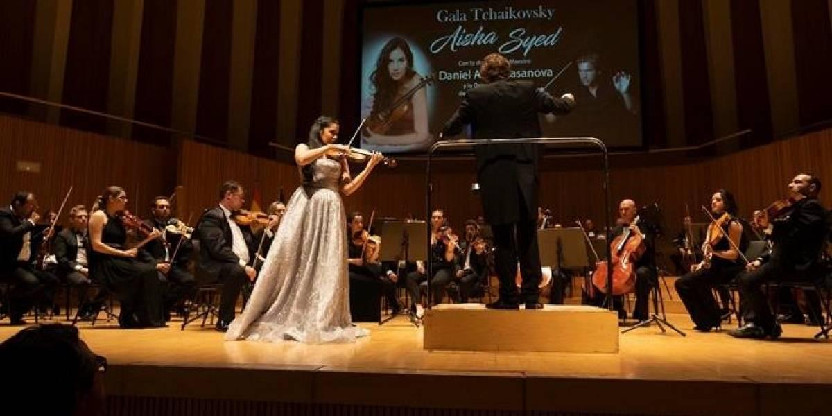 Aisha Syed se presentó con éxito en Valencia, España