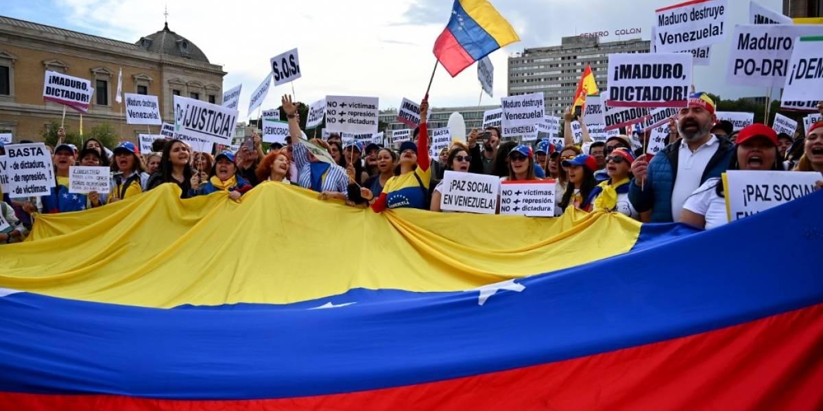 Venezuela: Detienen a diputado acusado de alzamiento contra Maduro