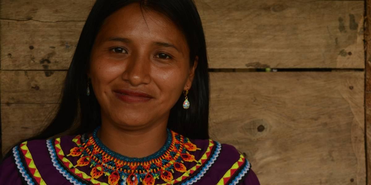 """""""Estoy muy feliz porque por primera vez podemos participar de Expoartesano como independientes"""": Blanca Bailarín, indígena emberá"""