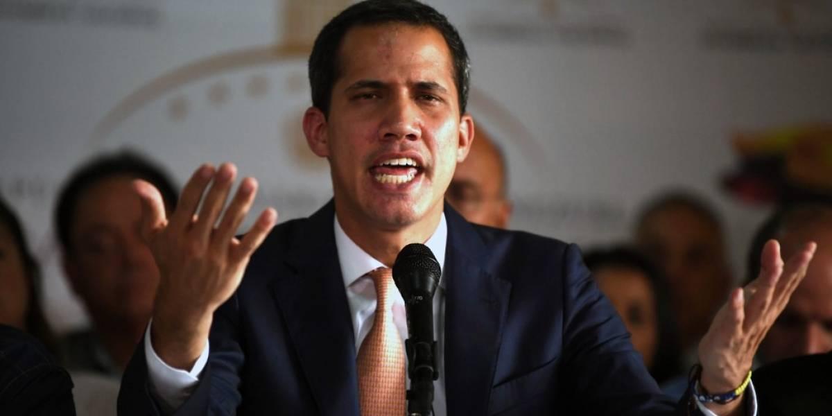 """Guaidó denuncia """"desmontaje"""" del Parlamento tras fallida rebelión militar"""