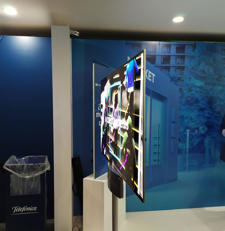 LG presentó en Chile su nuevo televisor OLED completamente transparente