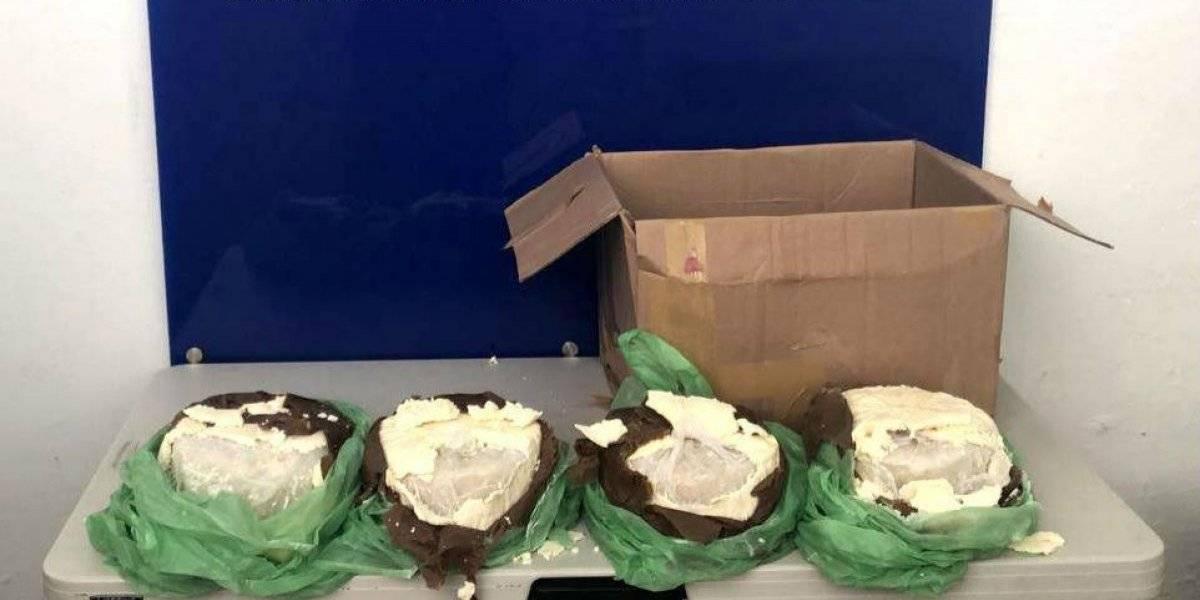 Aseguran más de 14 kilos de metanfetamina oculta con capas de queso
