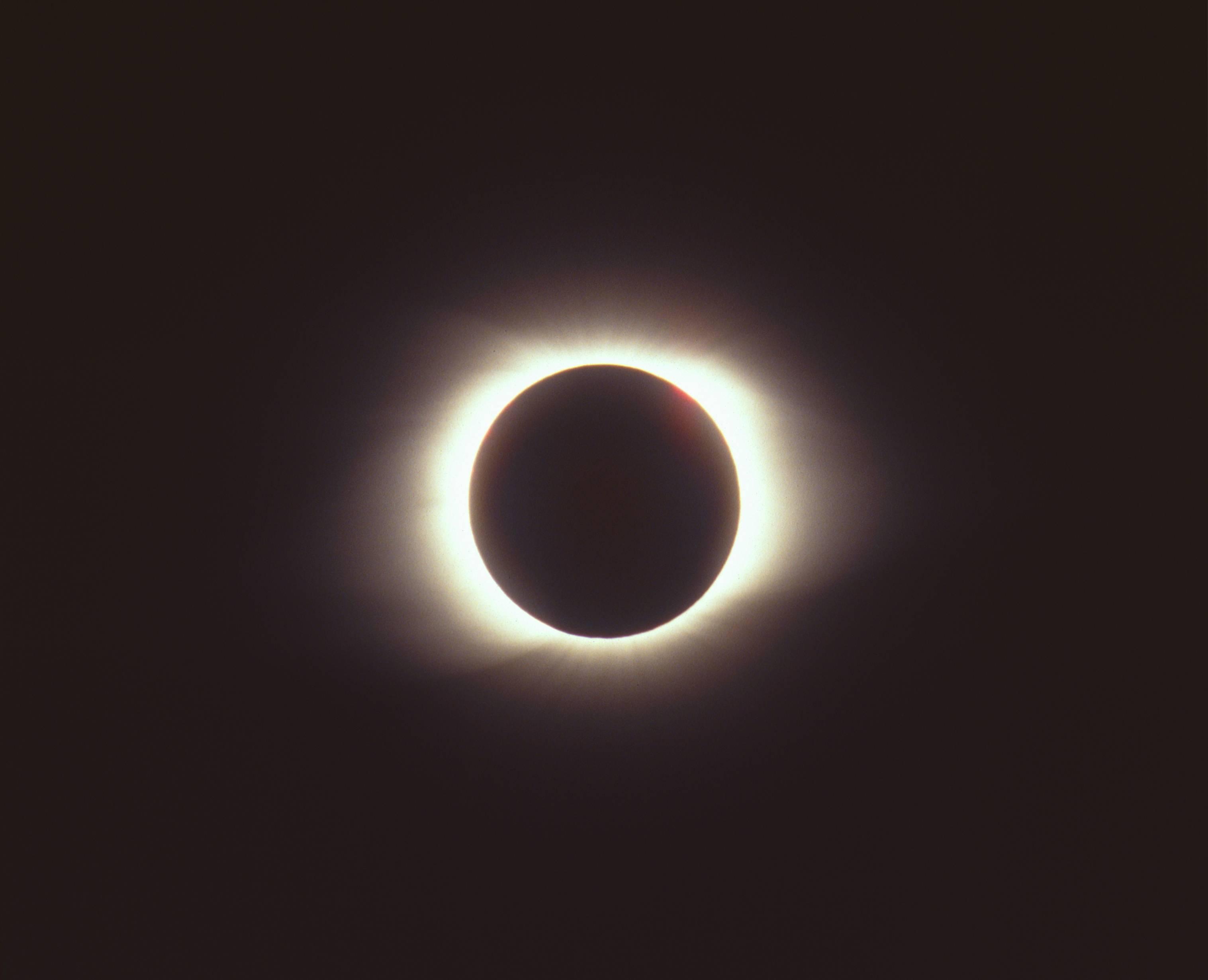 Eclipse solar: ¿Cómo y a qué hora podrás verlo desde México?