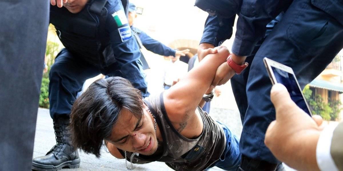 Culpa AMLO a 'neoliberales' por balacera en Cuernavaca