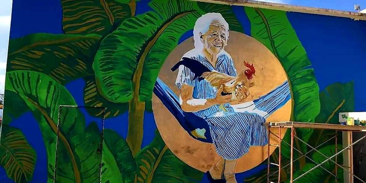 """Impresionantes murales dan """"Color y Vida"""" a Guánica"""