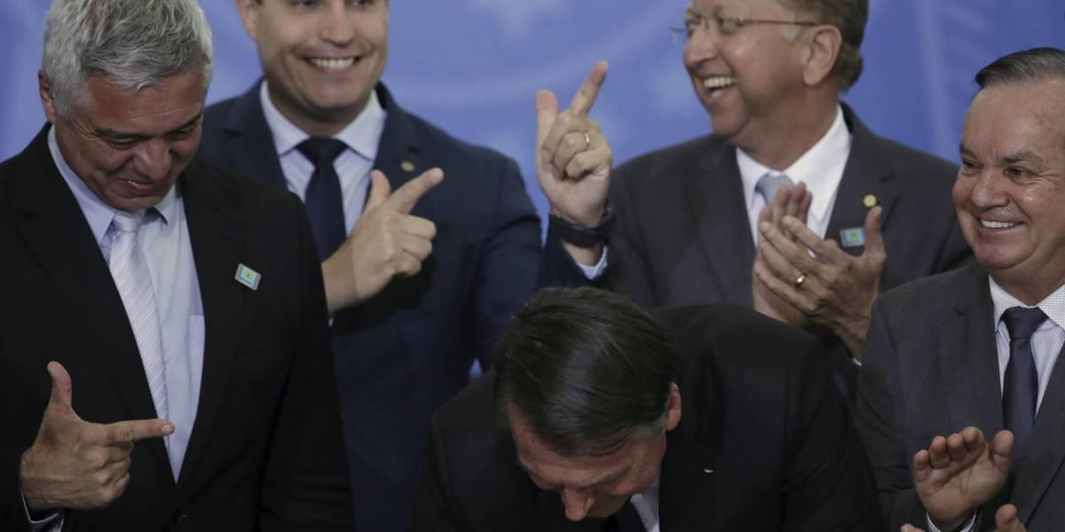 Bolsonaro lo hizo otra vez: propone impunidad para quien mate a un ladrón