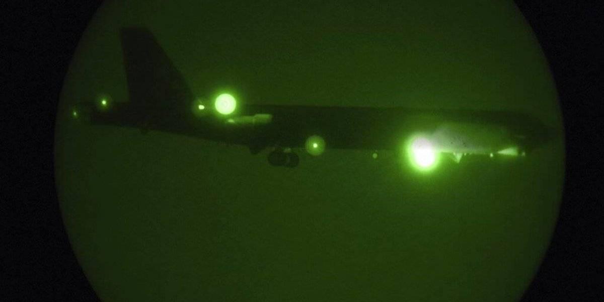Arriban bombarderos B-52 de EE. UU. a base aérea en Qatar