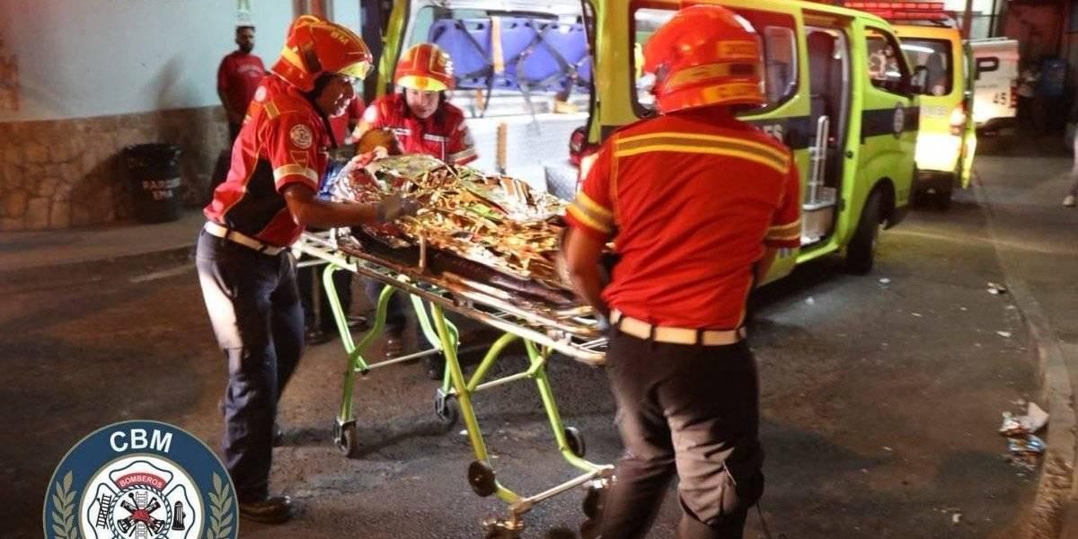 Tres heridos tras ataque armado contra microbús en zona 18