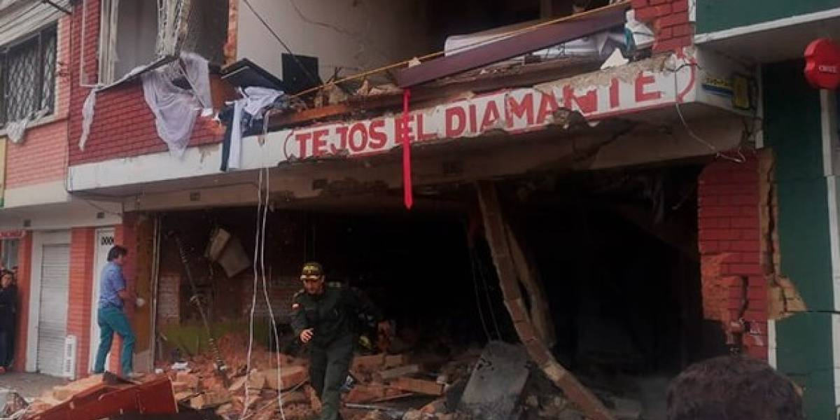Estas vías están colapsadas por fuerte explosión en Bogotá