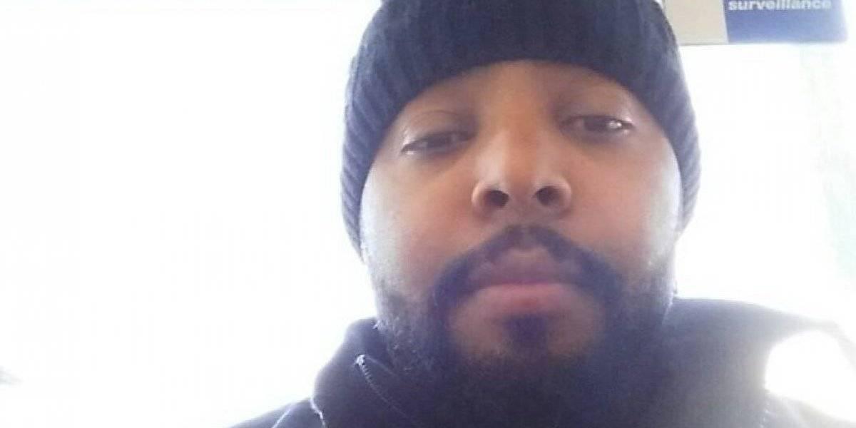 Hombre mata a su hija de tres años tras encerrarla en su auto e incendiarlo