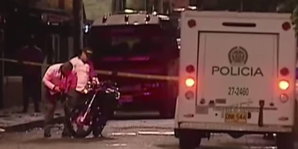 Hombre en Motocicleta disparó indiscriminadamente contra un grupo de personas