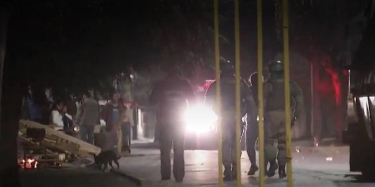 Vecinos alertaron el uso de fuegos artificiales y disparos al aire: Carabineros irrumpe en pleno velorio de delincuente en San Bernardo