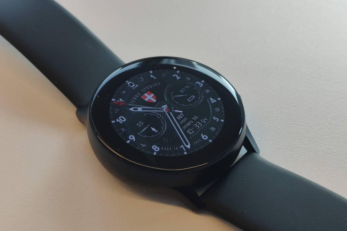 QnA VBage Sobriedad y elegancia, pero a un precio: Review del Samsung Galaxy Watch Active [FW Labs]
