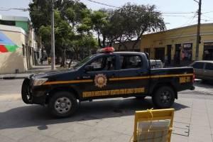 Equipo antiexplosivos de la PNC inspecciona sede del TSE