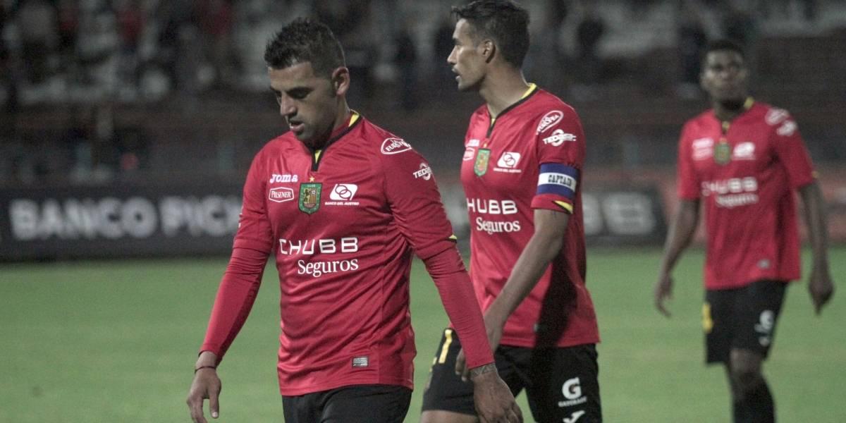 Anthony Bedoya defensor del Deportivo Cuenca recibió 3 meses de sanción por sus declaraciones en redes sociales